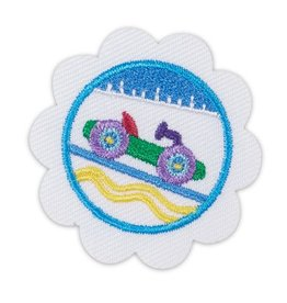 GIRL SCOUTS OF THE USA Daisy Model Car Design Badge