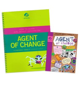 GIRL SCOUTS OF THE USA Leader Set Junior Agent of Change Books