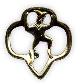 GIRL SCOUTS OF THE USA Brownie Membership Pin