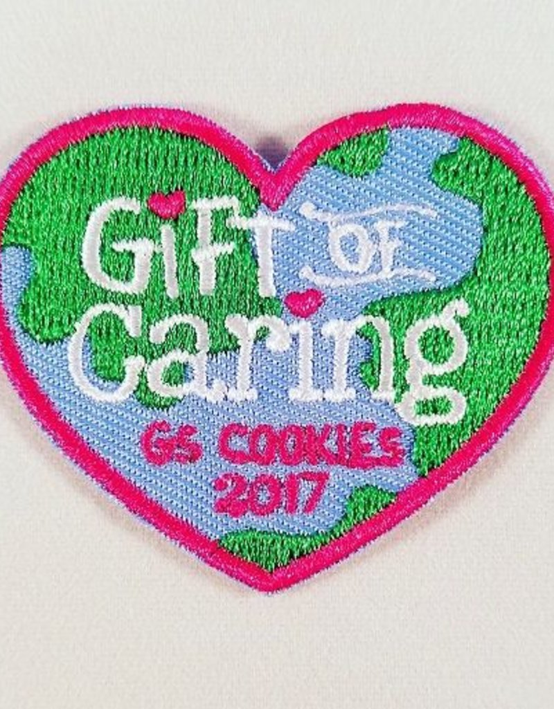 LITTLE BROWNIE BAKER 2017 Gift of Caring Heart Globe Patch
