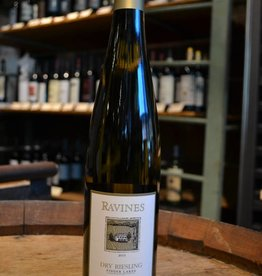 Ravines Dry Riesling Finger Lakes 2015