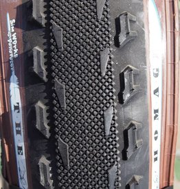 "SimWorks SimWorks ""The Homage"" 700x43 Black/Brown Tire"