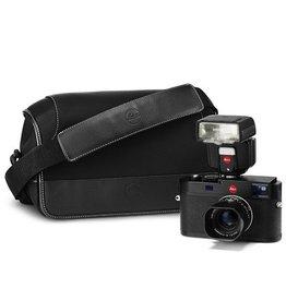 Leica M (Typ 262), 35mm f/f2.4 (black),  75mm f/2.4 (black), SF40 Flash, System Case (Medium)