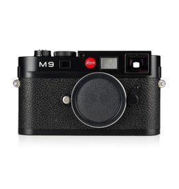 Used Leica M9 Black Chrome w/ Box, 2 Extra Batteries, Thumbs Up, Hand Grip