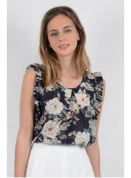 MOLLY BRACKEN Floral Top with Ruffle Detailing