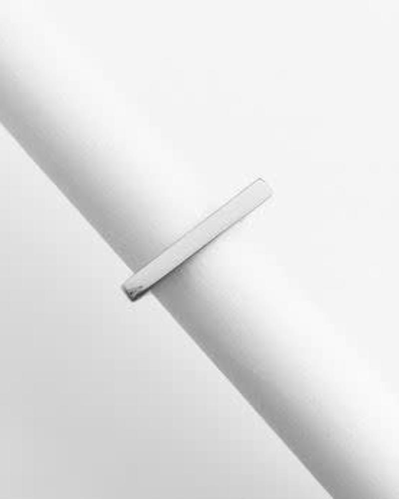 HONEYCAT Long Bar Ring / Sterling Plated