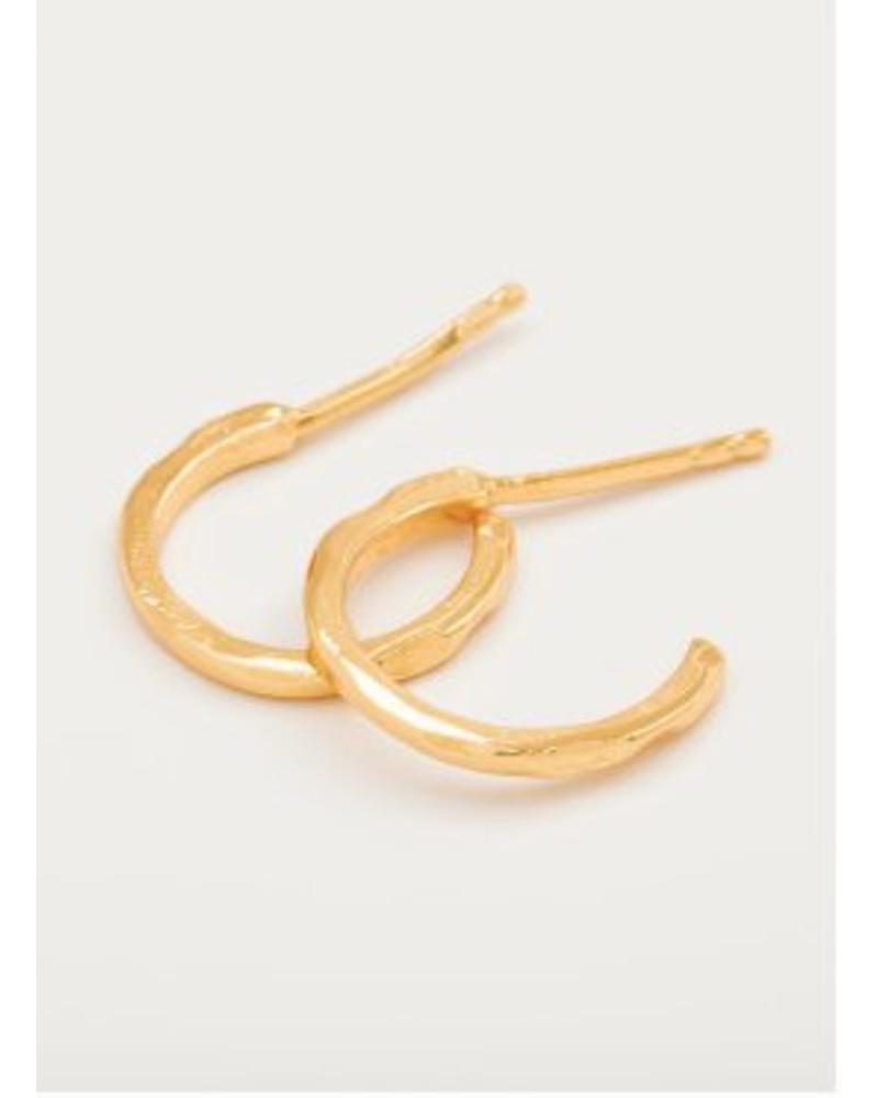 Taner Mini Hoop Earrings in Metallic Gold Gorjana XGxbV5a0IU