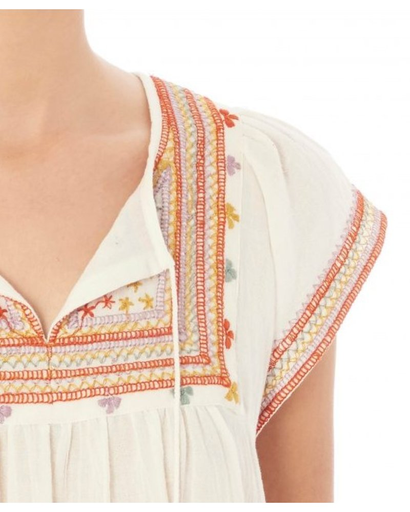 Star mela Gaia Embroidered Top