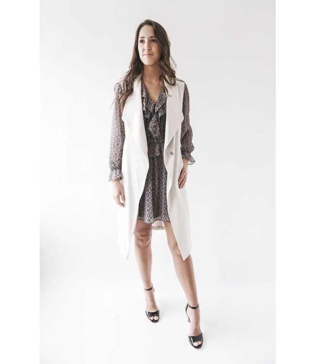 SOIA & KYO CHERILYN SLEEVELESS COAT - SHELL