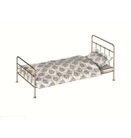 MAILEG Gold Vintage Bed (Medium)