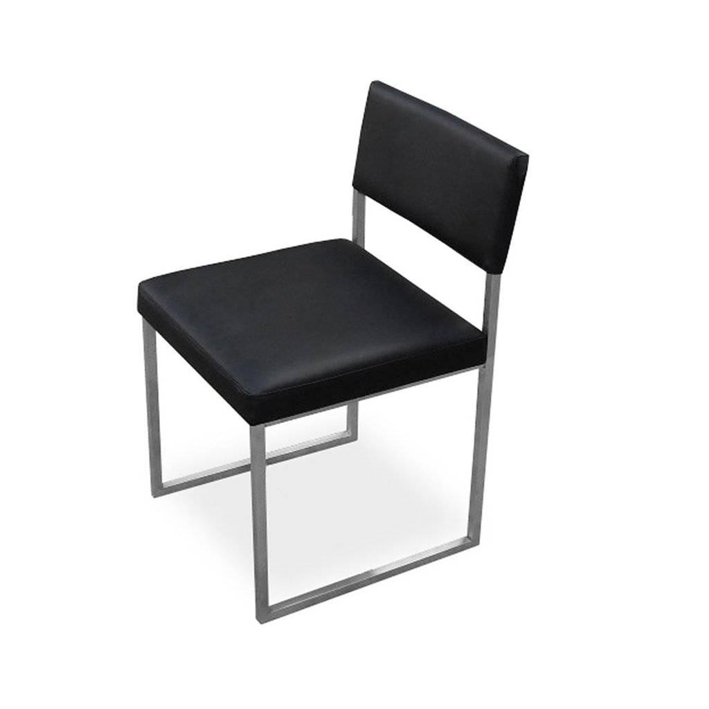 Gus Graph Chair