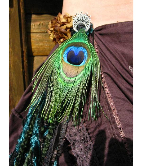 Elf Peacock yarn fall belt clip