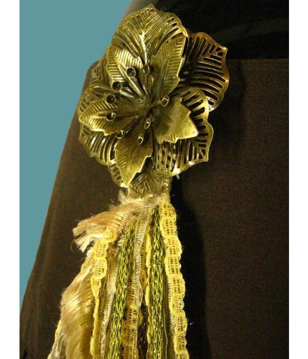 Steampunk belt clip Golden Peacock