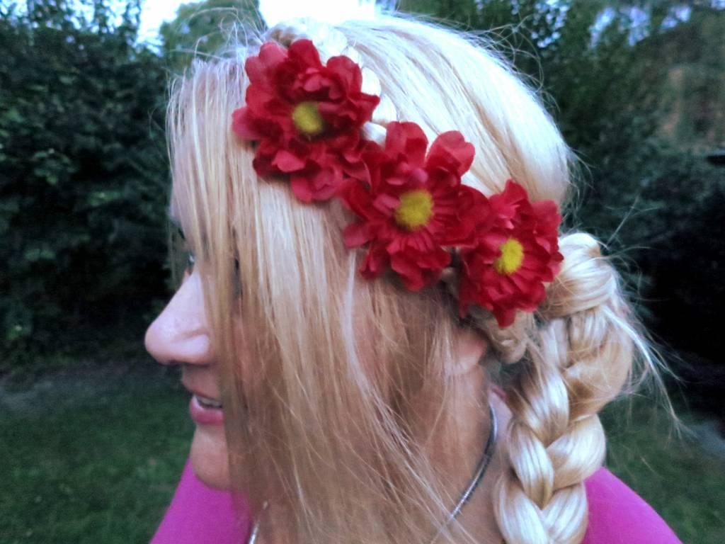 Hair flower shoe clip red daisy hippie boho hair jewelry magic red daisy hair flowers izmirmasajfo