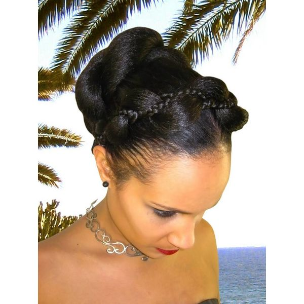 Supersize Fantasy Twist Bun & Braid color 1