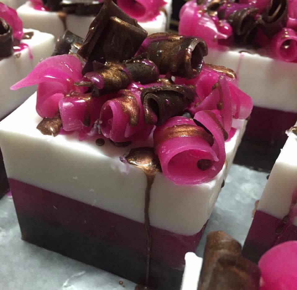 Raspberry Vanilla Ice Cream Soap Blocks (2lbs)