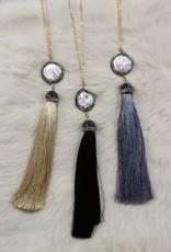 PEARL PENDANT TASSLE NECKLACE