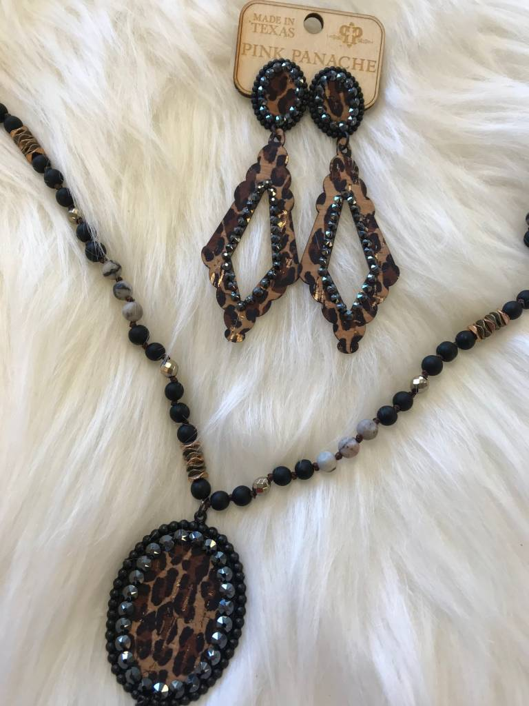 LEOPARD INLAY NECKLACE