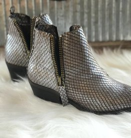 REPTILE BOOTIES
