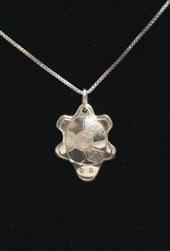 Vincent Henson Turtle silver Necklace
