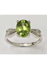 Peridot & Diamond Ring 10KW