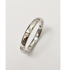 Gypsy Set Diamond Band