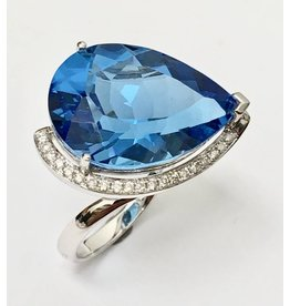 20.75ct Topaz & Diamond Ring