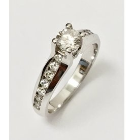 0.39ct Main Diamond Ring (0.84ctw)