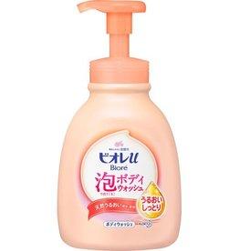 Biore Biore 全家潤膚超密泡沫沐浴露600ML 超保濕