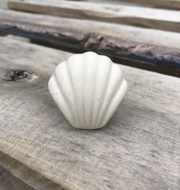 Ceramic Cream Shell Knob
