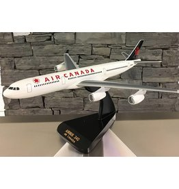 Air Canada A 340 Mahogany Model