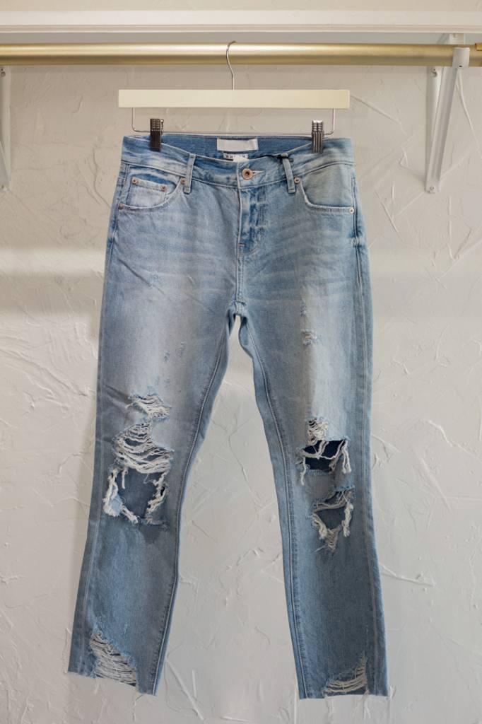 REMY DISTRESSED BOYFRIEND