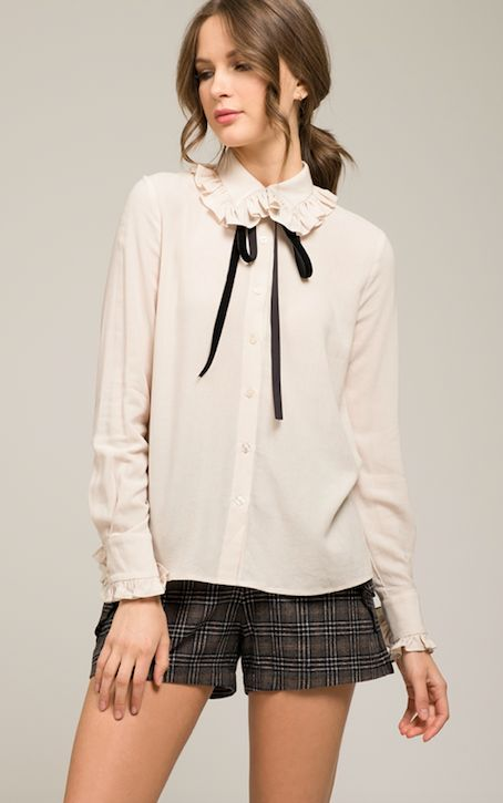 WOVEN LSV RUFFLED COLLARED TOP