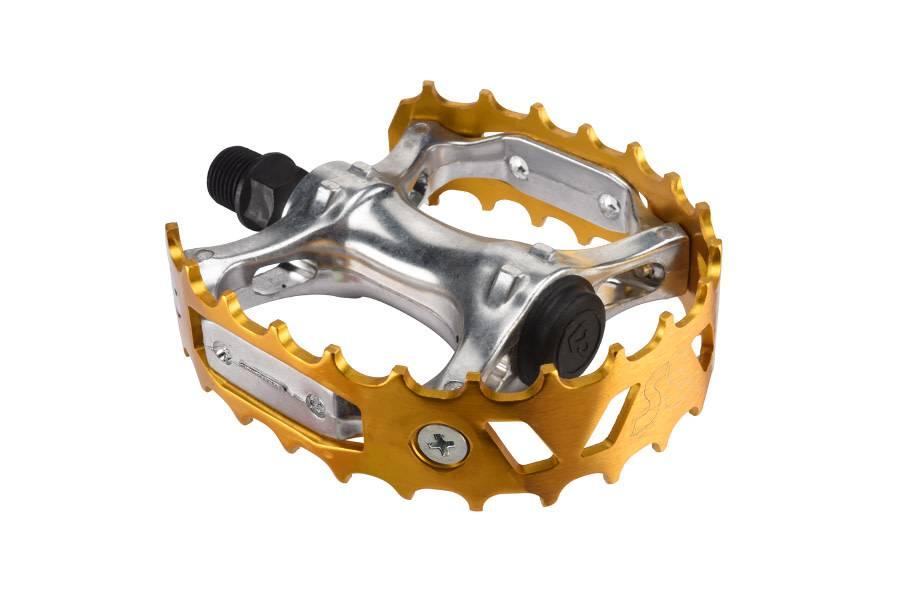 SE BIKES Pedals BMX SE Bikes Bear Trap 9/16 Gold