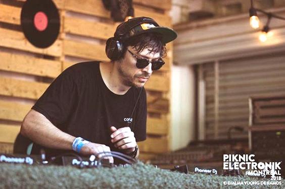 DJ CONSTRUCT AT Piknic Électronik
