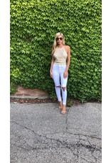 1103 Ripped Knee Jeans
