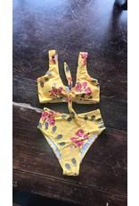 LEXI DREW Knot Floral Top