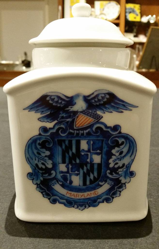 Delft Maryland Shield Tea Canister