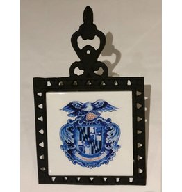 Delft Maryland Shield Cast Iron Trivet