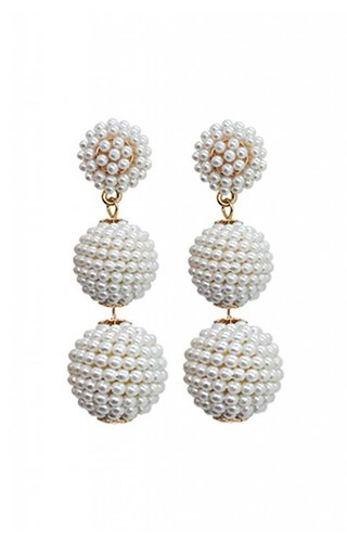 Dolly Pearl Earring