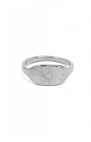 Moorla Seal Sunburst Ring 7 Silver