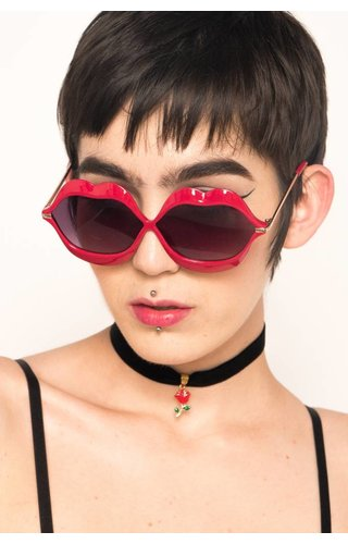 Lavish Lips Sunnies