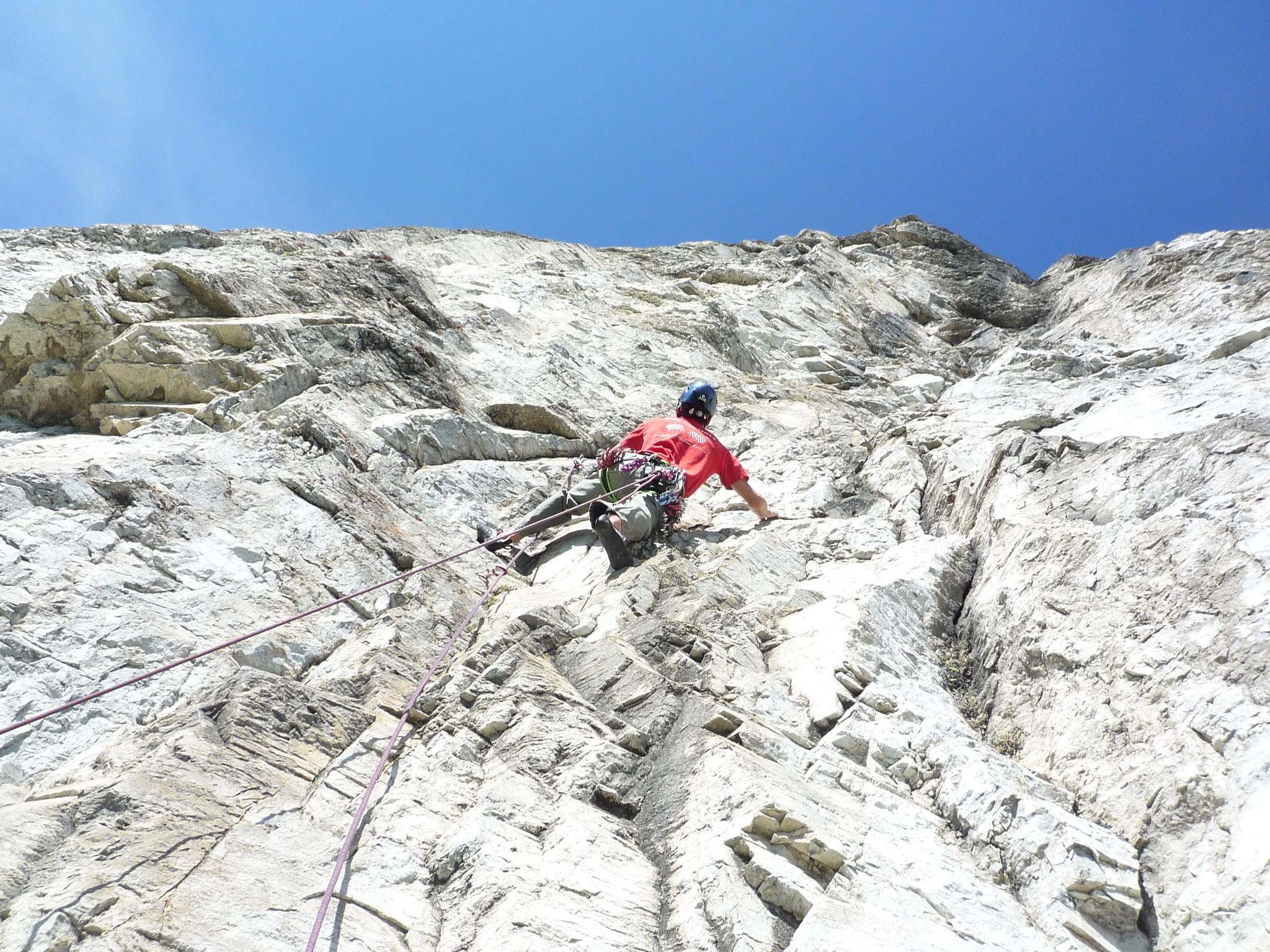 canmore climbing, dreambed, mount yamnuska