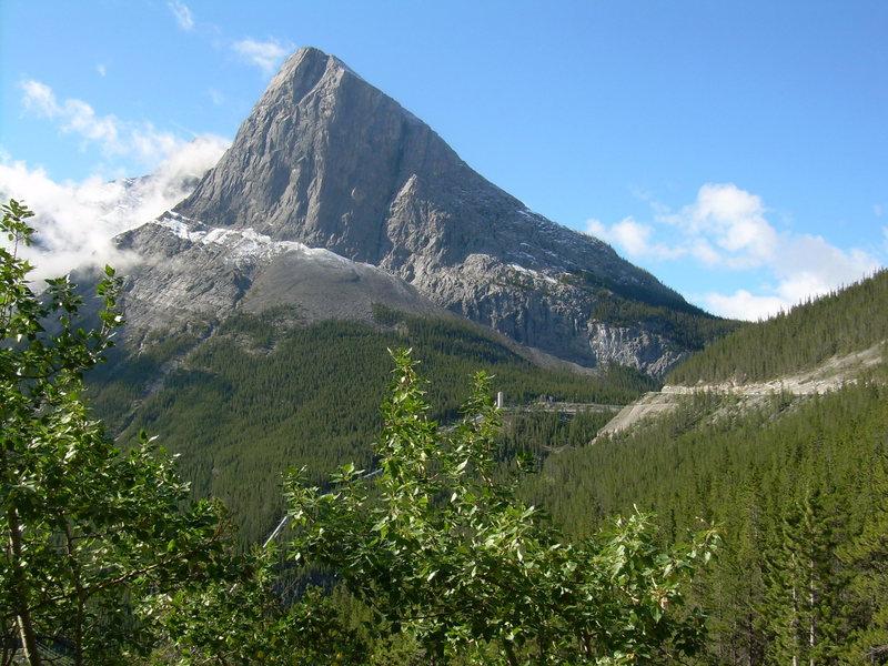 canmore climbing Sisyphus summit, ha ling peak