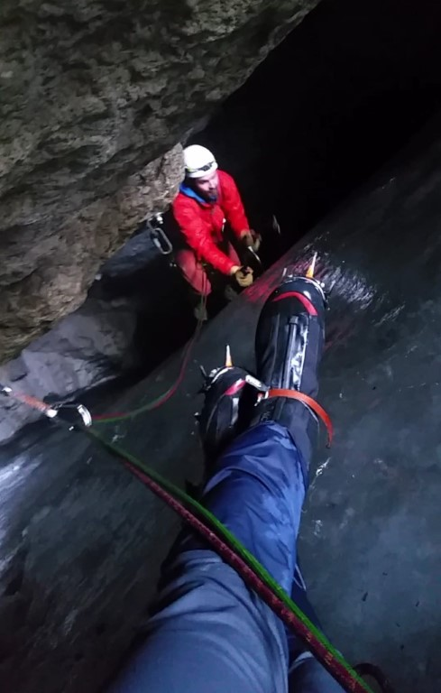 Booming Ice Chasm Pitch 5 Belay Station