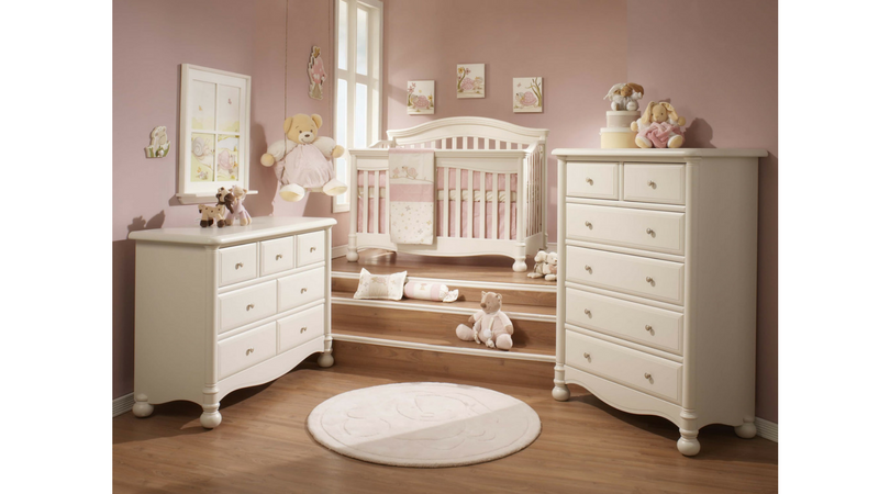 traditional nursery set