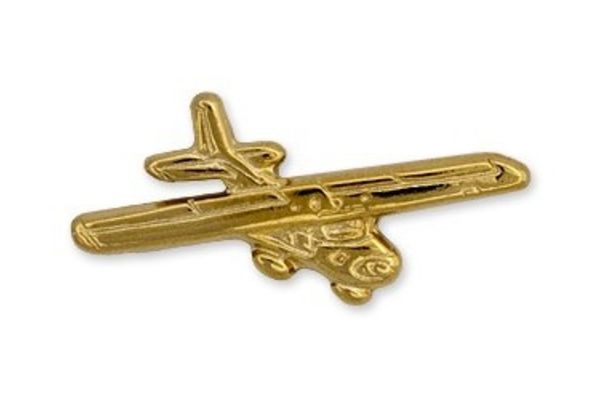 Pin: Cessna 152 Gold