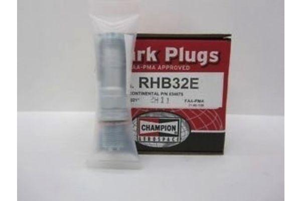 Spark Plug: RHB32E Champion