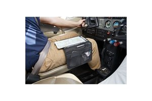 Sporty's Pilot Shop Kneeboard: Flight Gear HP Bi-Fold, Clipboard and iPad Mini