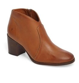 Frye/Jimlar Corporation Frye Nora Zip Short Bootie